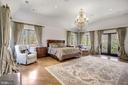 OwnerOwner Suite Bedroom w/ Balcony - 9811 AVENEL FARM DR, POTOMAC
