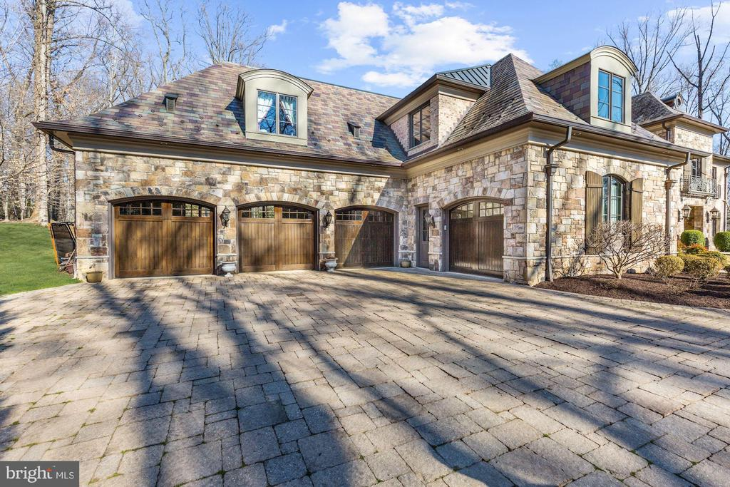 Four-Car Garage - 9811 AVENEL FARM DR, POTOMAC