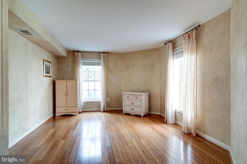 Bedroom 5 - 917 LINSLADE ST, GAITHERSBURG