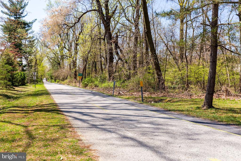 Capital Cresent Trail - 6008 KENNEDY DR, CHEVY CHASE