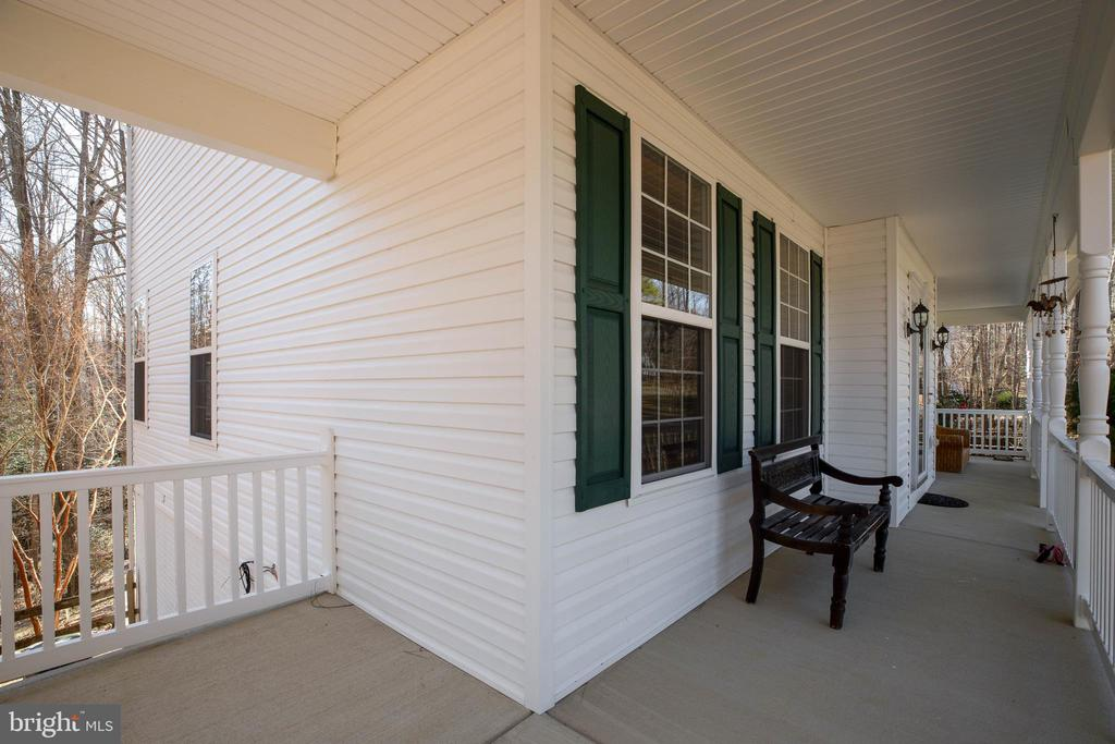 Front Porch - 12157 CANTERBURY CT, KING GEORGE
