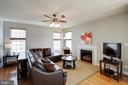 Beautiful Light Filled Living Room - 12157 CANTERBURY CT, KING GEORGE