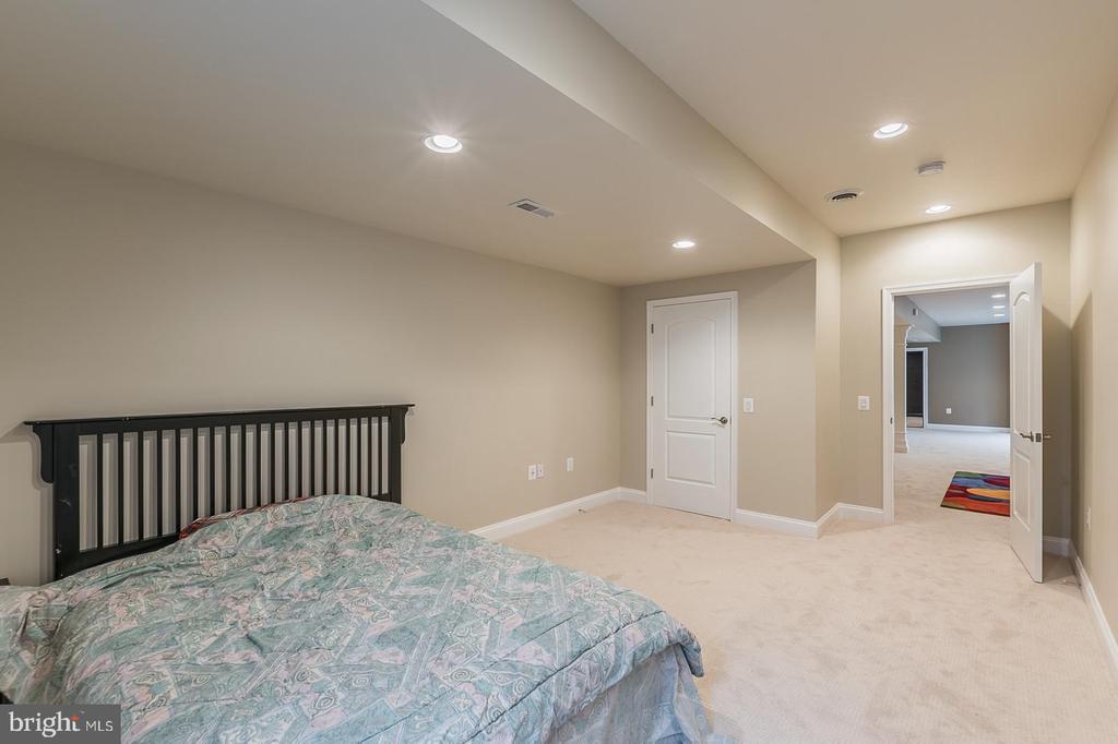 Extra Bedroom - 3145 BARBARA LN, FAIRFAX