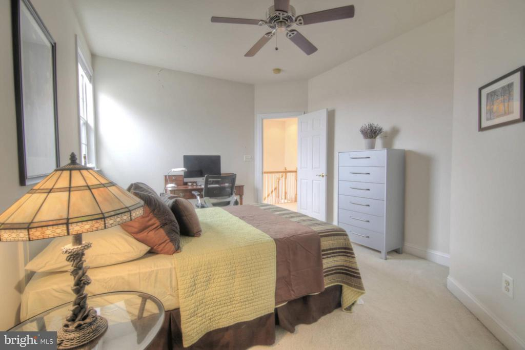 Bedroom 3 - 43820 RIVERPOINT DR, LEESBURG