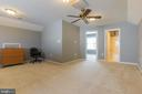 Top Floor loft bonus room - 23081 PECOS LN, BRAMBLETON