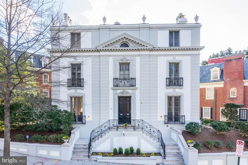 84 KALORAMA CIR NW