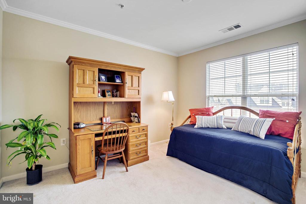Second Bedroom - 815 BRANCH DR #405, HERNDON