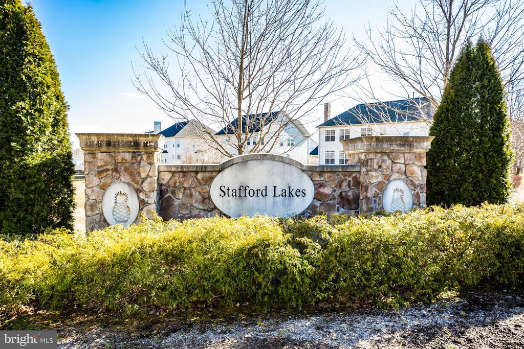 Welcome home to Stafford Lakes Village - 60 IVY SPRING LN, FREDERICKSBURG