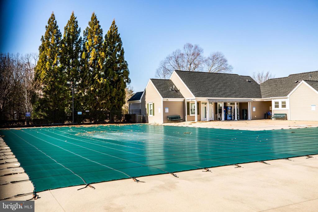 ...community pool! - 60 IVY SPRING LN, FREDERICKSBURG