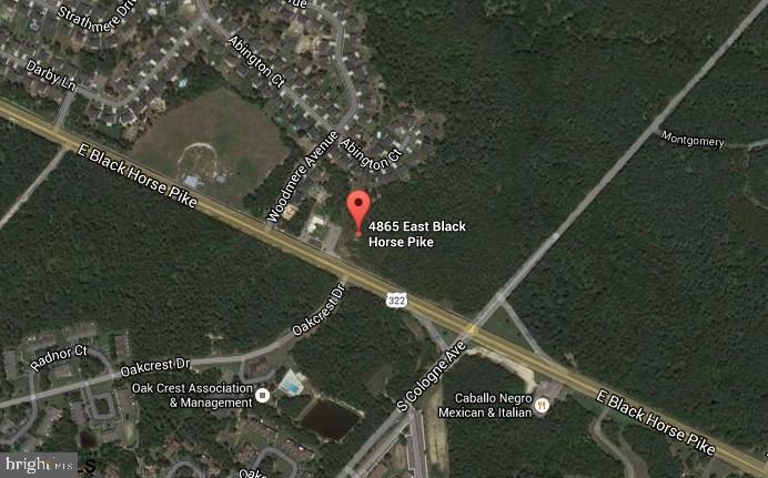 Terrain pour l Vente à 4865 BLACK HORSE PIKE Mays Landing, New Jersey 08330 États-UnisDans/Autour: Hamilton Township