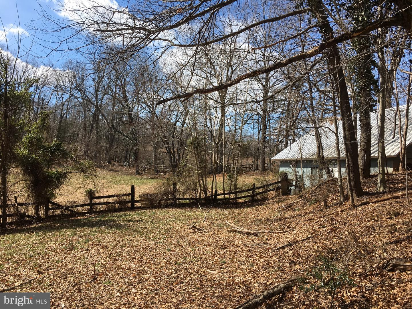 Additional photo for property listing at 7412 Clifton Rd Clifton, Virginia 20124 United States