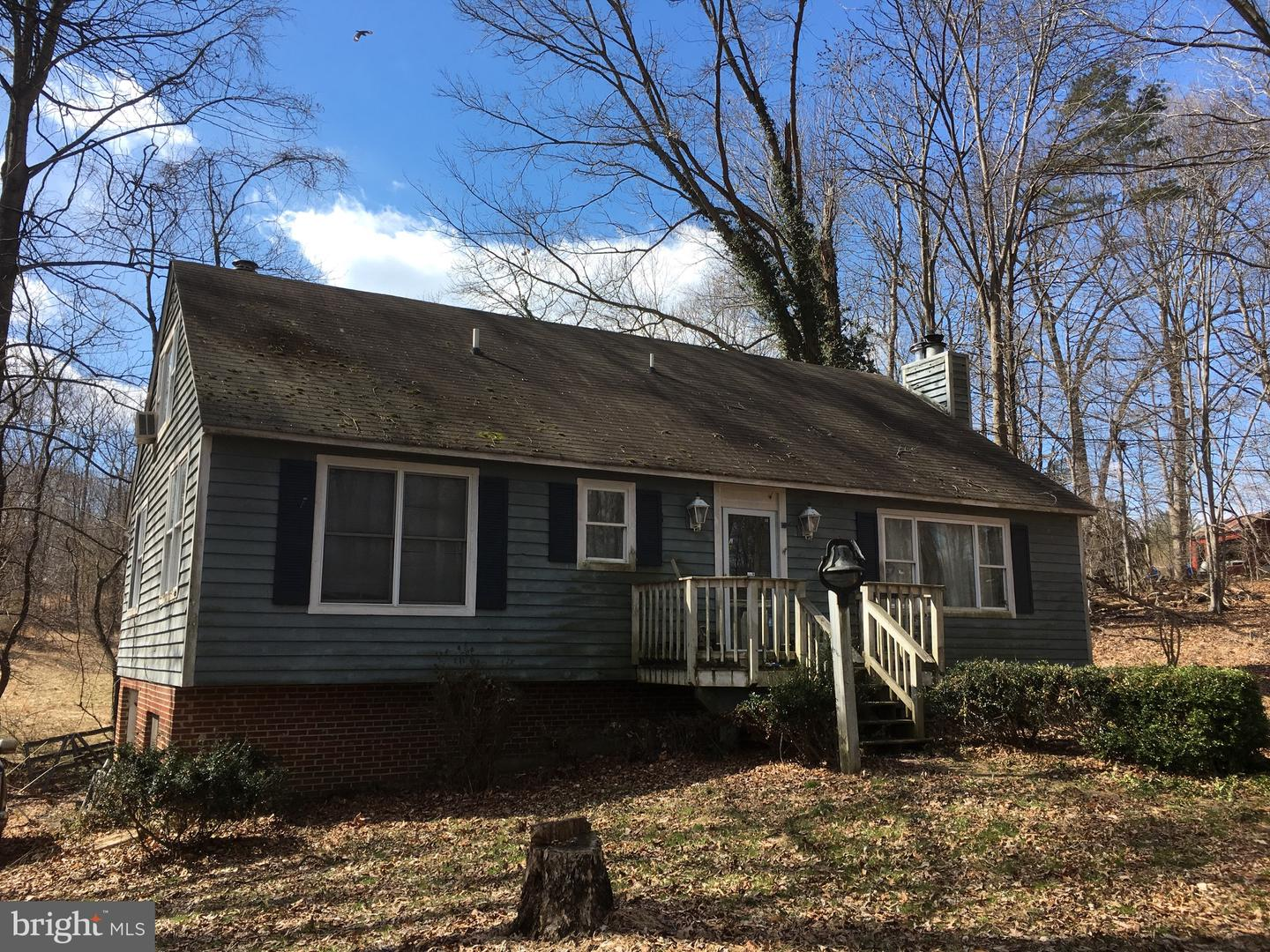 Single Family for Sale at 7412 Clifton Rd Clifton, Virginia 20124 United States