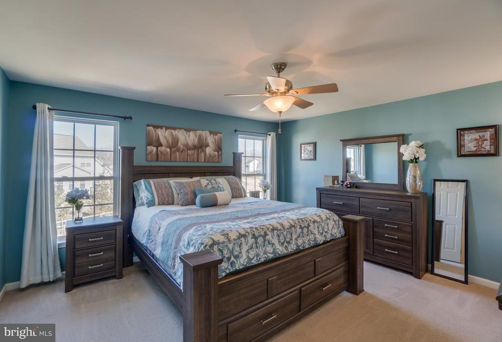 Master Bedroom on Upper Level - 6105 MCCARTHY DR, KING GEORGE