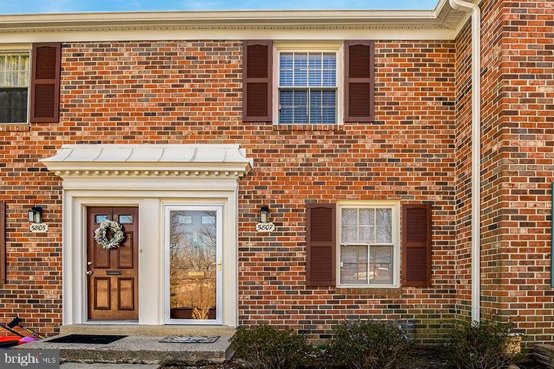 5807  TORINGTON DRIVE  844, West Springfield, Virginia