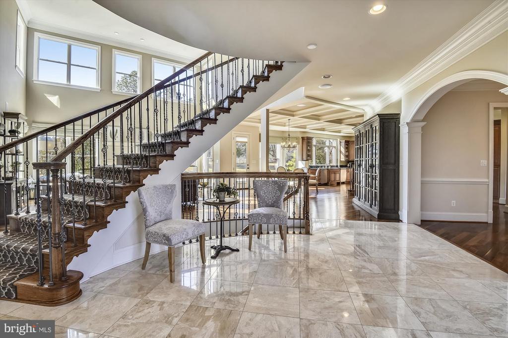Beautiful Curved Staircase - 9801 BEACH MILL RD, GREAT FALLS