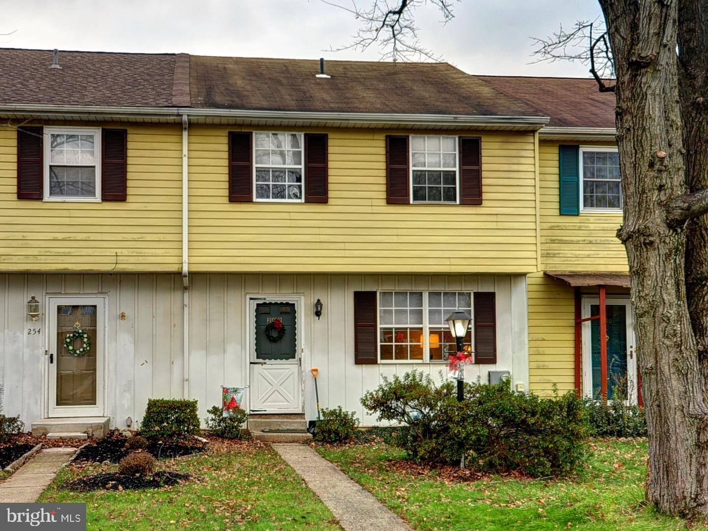 Photo of home for sale at 252 Beth Drive, Lansdale PA