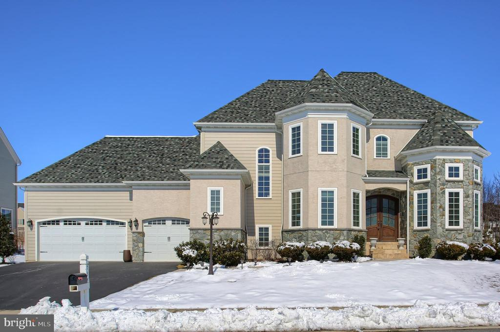 736  INTEGRITY DRIVE, Manheim Township, Pennsylvania