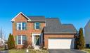 Charming Brick Front - 6105 MCCARTHY DR, KING GEORGE