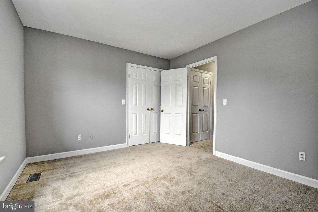 Bedroom 1 - 9 BURNS RD, STAFFORD