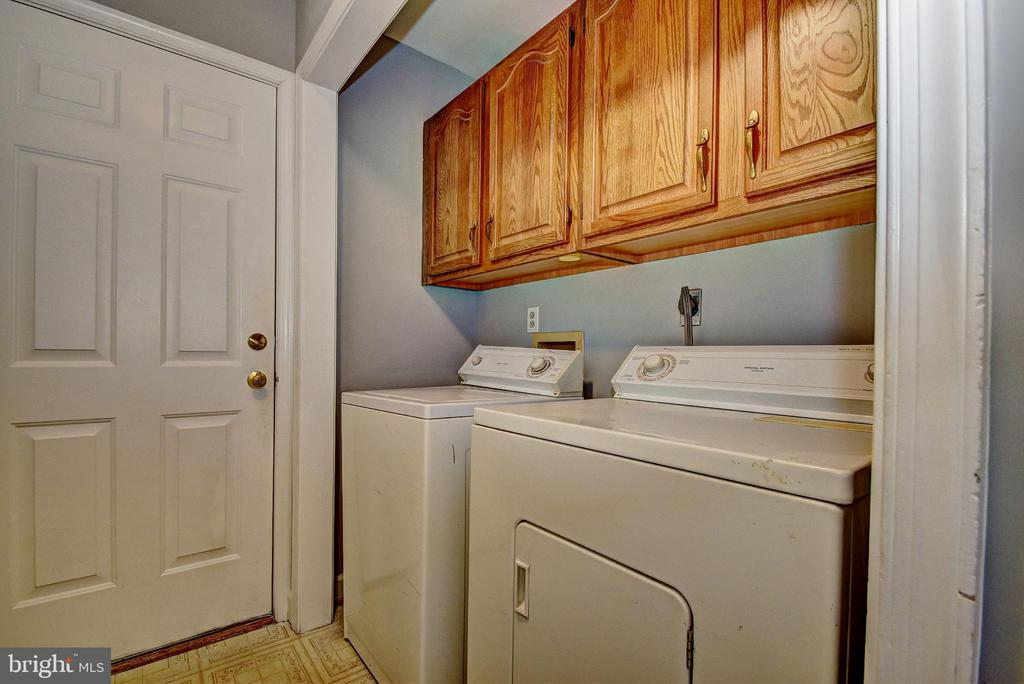 Laundry Room off Kitchen - 9 BURNS RD, STAFFORD