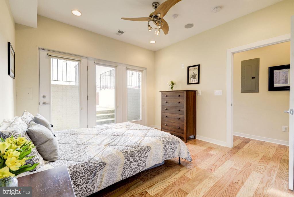 Bedroom #3: Hardwood Floors & Ceiling Fan! - 1811 3RD ST NE #1, WASHINGTON