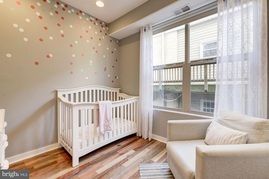 Bedroom #2: Ceiling Fan + Large Windows! - 1811 3RD ST NE #1, WASHINGTON