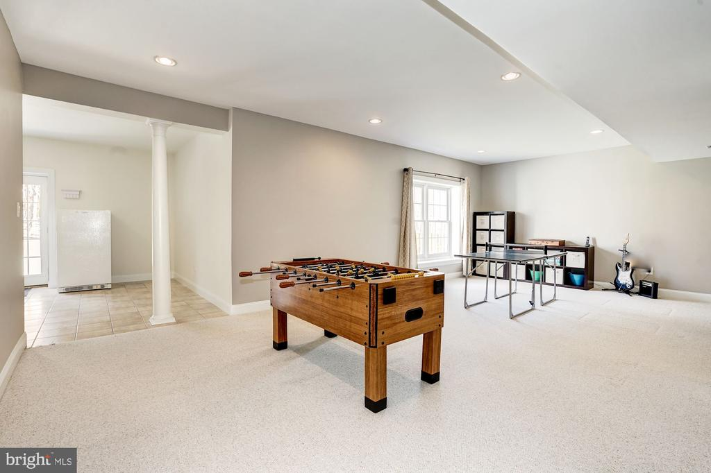 Additional view of the recreation room - 1309 SHAKER WOODS RD, HERNDON