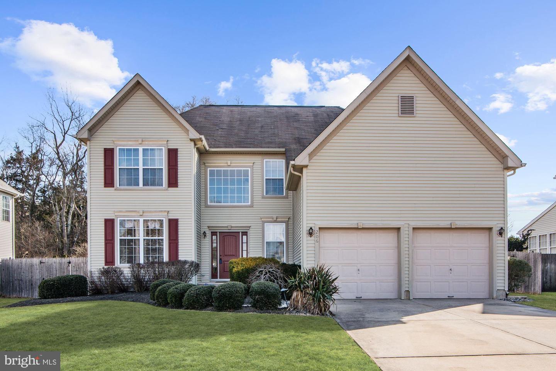 Частный односемейный дом для того Продажа на 206 RUTGERS BLVD Berlin, Нью-Джерси 08009 Соединенные ШтатыВ/Около: Berlin Boro