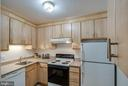 - 8500-P BARRINGTON CT #P, SPRINGFIELD