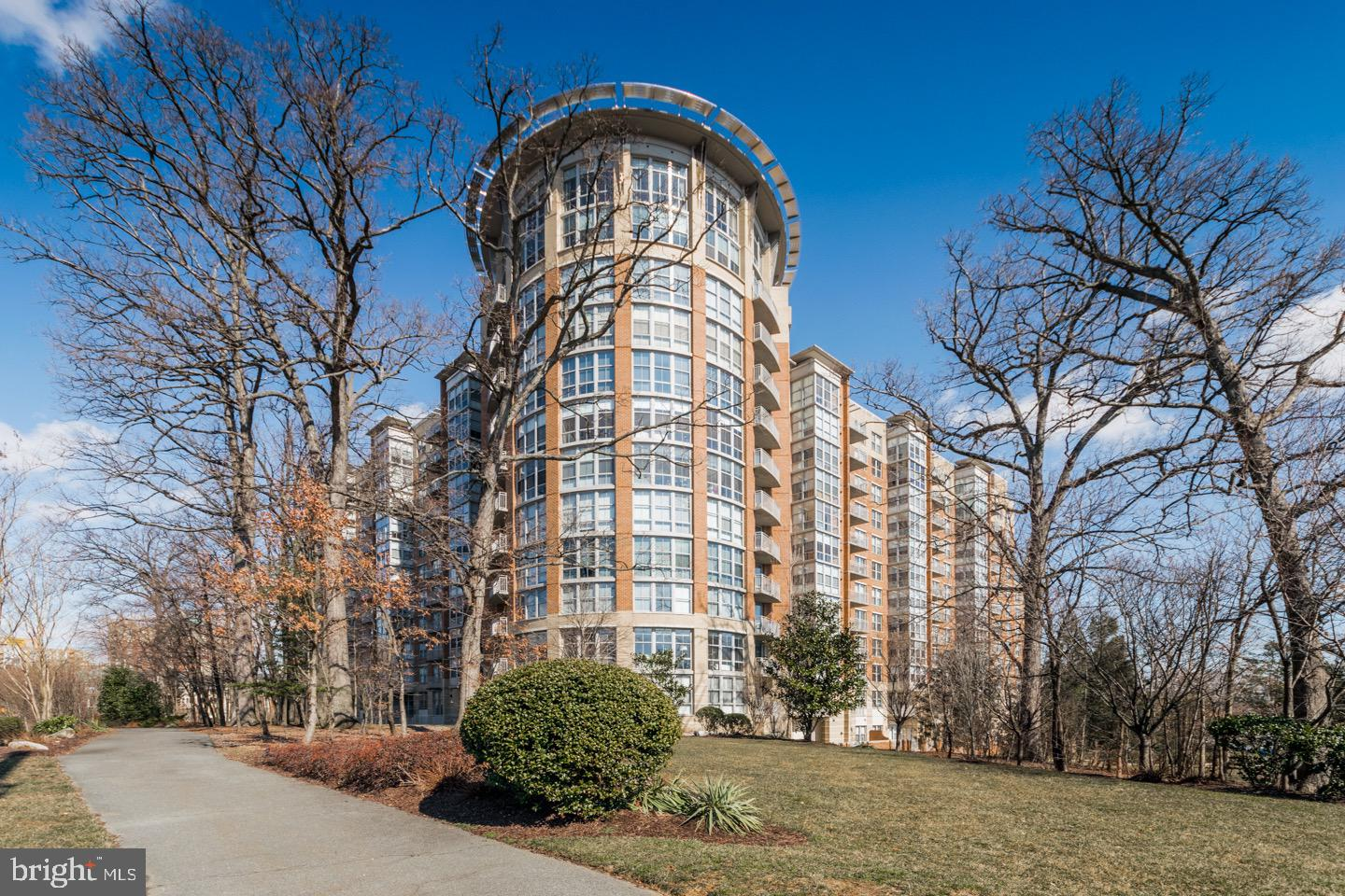 Single Family for Sale at 11800 Sunset Hills Rd #1110 Reston, Virginia 20190 United States