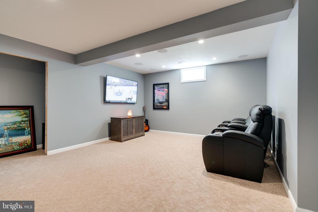 Theater room/mancave with media closet- TOUCHDOWN! - 2439 GLOUSTER POINTE DR, DUMFRIES