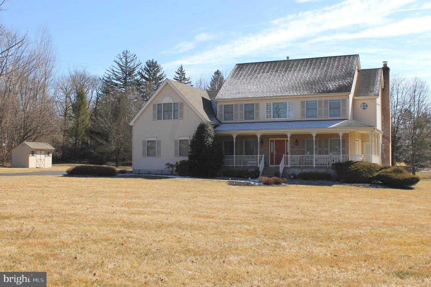 Single Family Home for Sale at 10 RINGOS MILL Road Hopewell, New Jersey 08525 United StatesMunicipality: Hopewell Township
