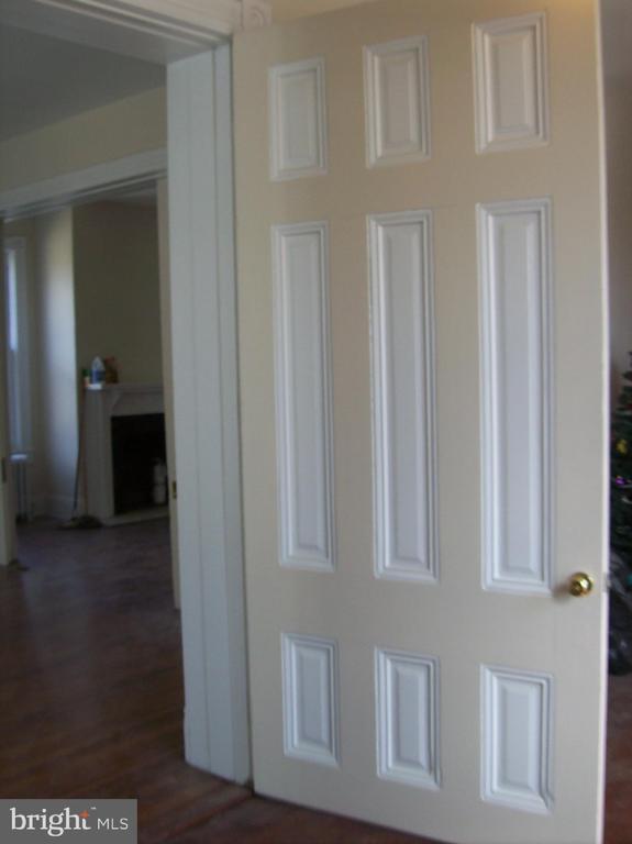 9' Door to Parlor - 701 PRINCE EDWARD ST, FREDERICKSBURG