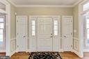 foyer - 11911 CRAYTON CT, HERNDON