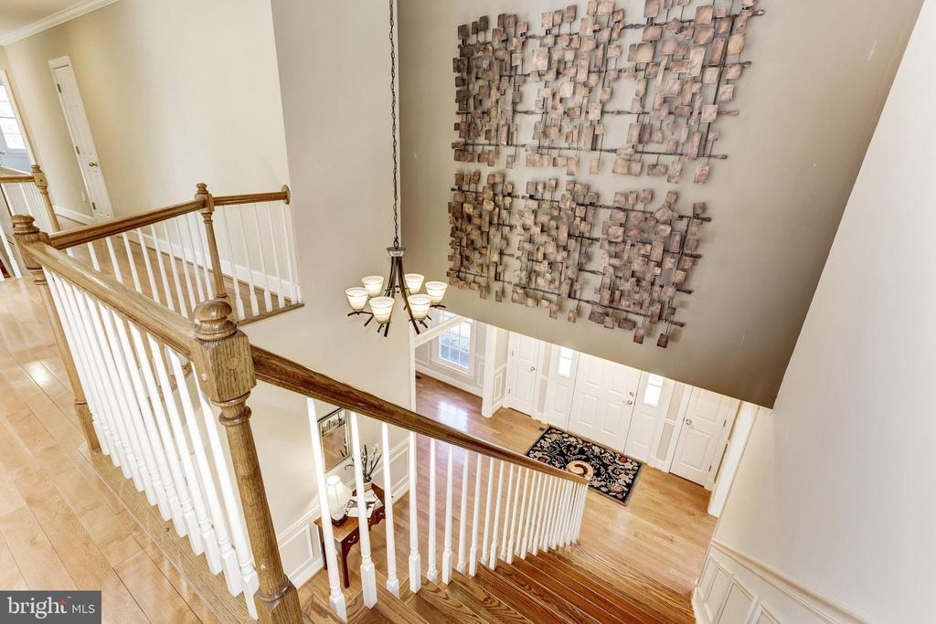 Upper level looks over Great Room - 11911 CRAYTON CT, HERNDON
