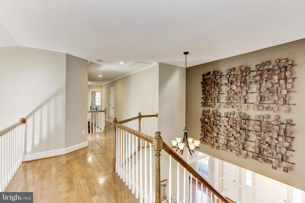Upper Level hallway with hardwood floors - 11911 CRAYTON CT, HERNDON