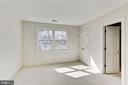 2nd bedroom with new carpet, Jack & Jill Ba. - 11911 CRAYTON CT, HERNDON
