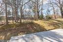 Wooded back yard with decking - 11911 CRAYTON CT, HERNDON
