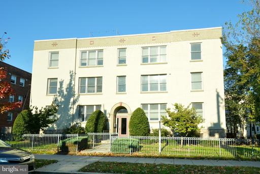 5040 1ST ST NW #201