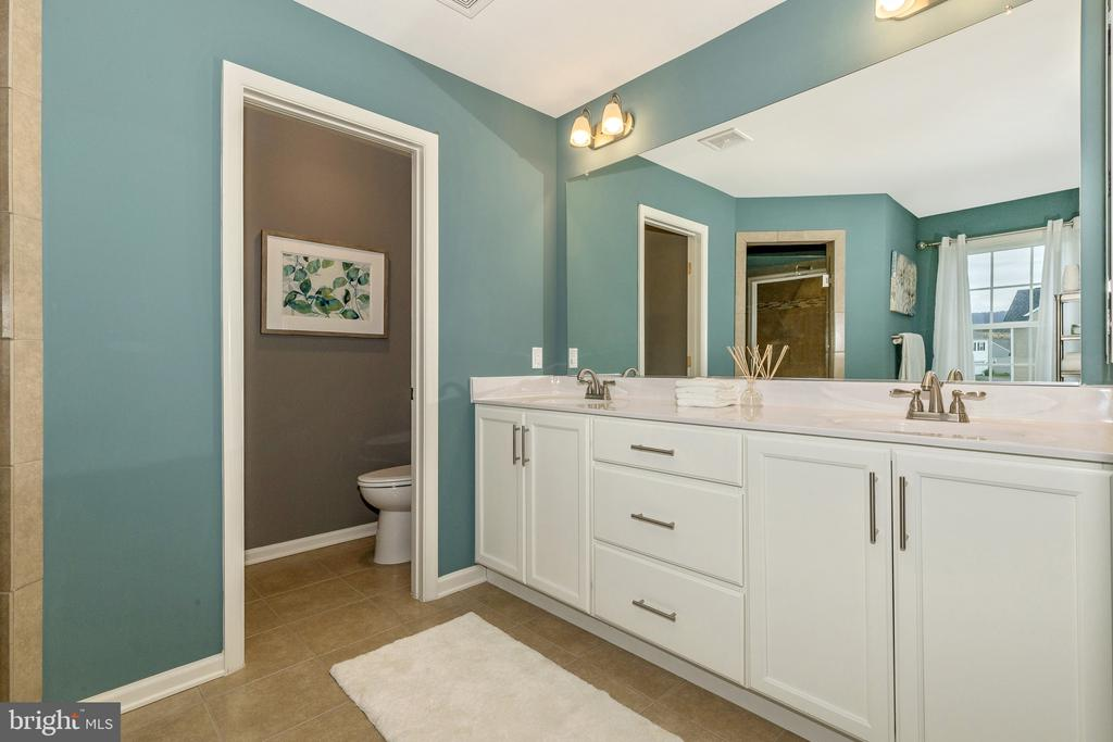 Master Bathroom - 501 ISAAC RUSSELL, NEW MARKET