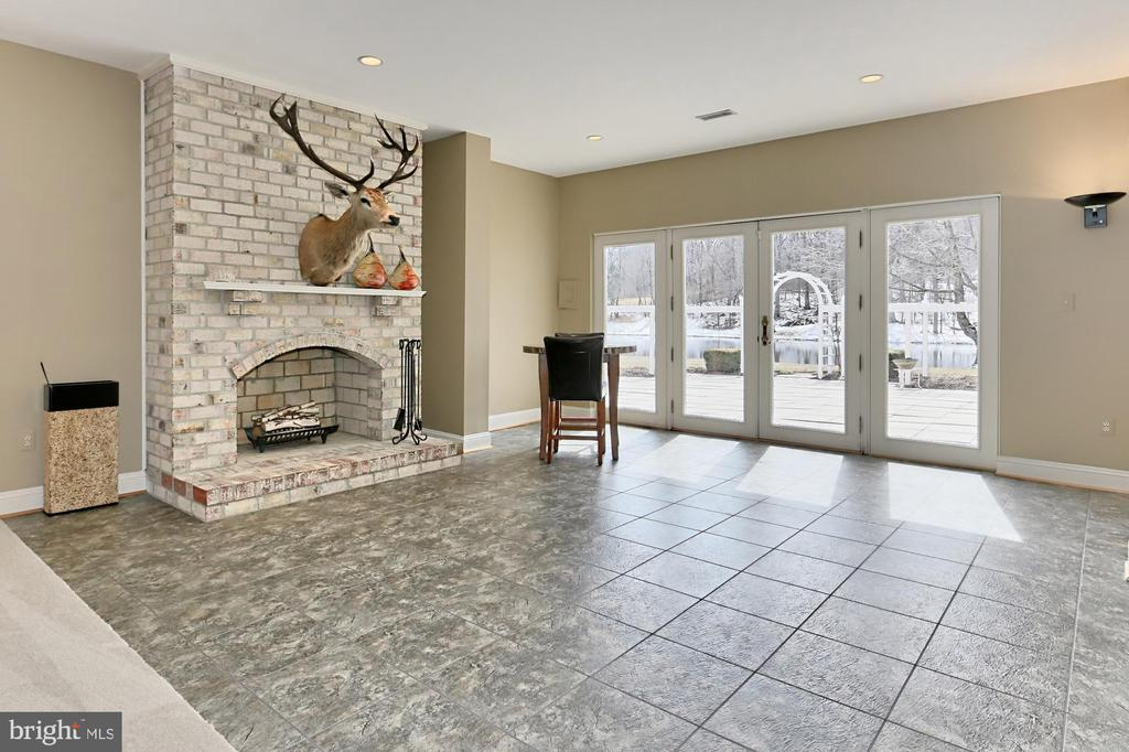 Recreation/Game Room - 36585 SAWMILL LN, PURCELLVILLE