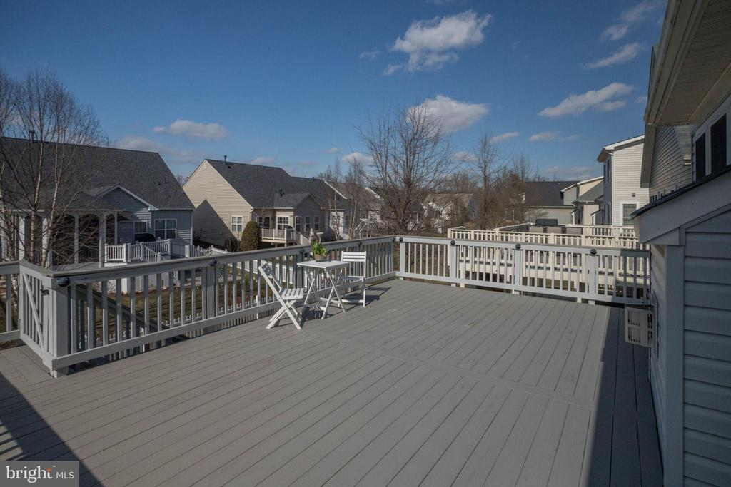 Huge deck, perfect for entertaining - 6136 FERRIER CT, GAINESVILLE