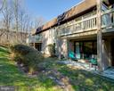 Backs to green space - 8500-P BARRINGTON CT #P, SPRINGFIELD