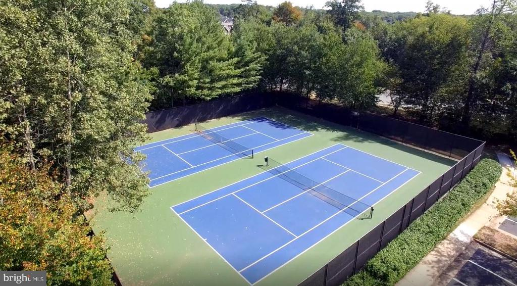 Tennis courts inc. in HOA - 20440 SWAN CREEK CT, STERLING