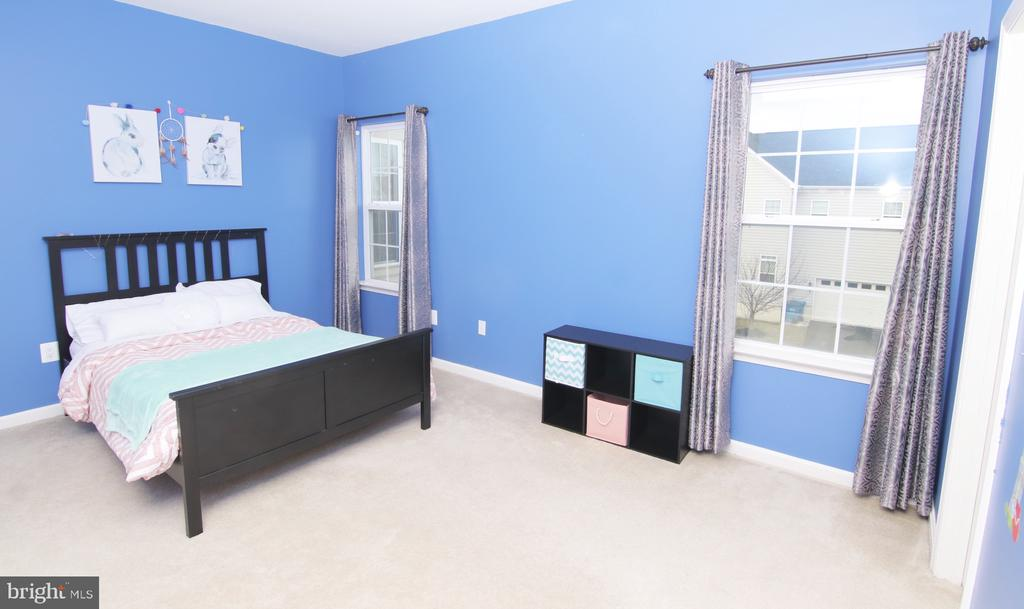 Room - 42427 IBEX DR, STERLING