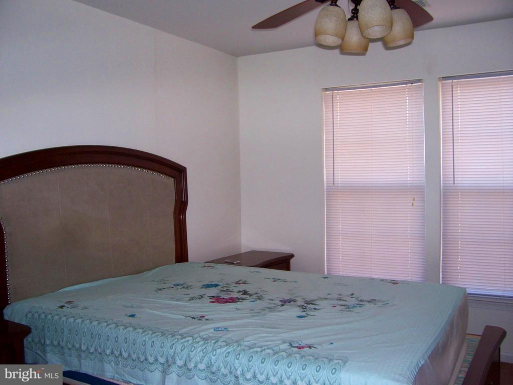 Master Bed Room  With Ceiling Fan - 10012 GRASS MARKET CT, FREDERICKSBURG