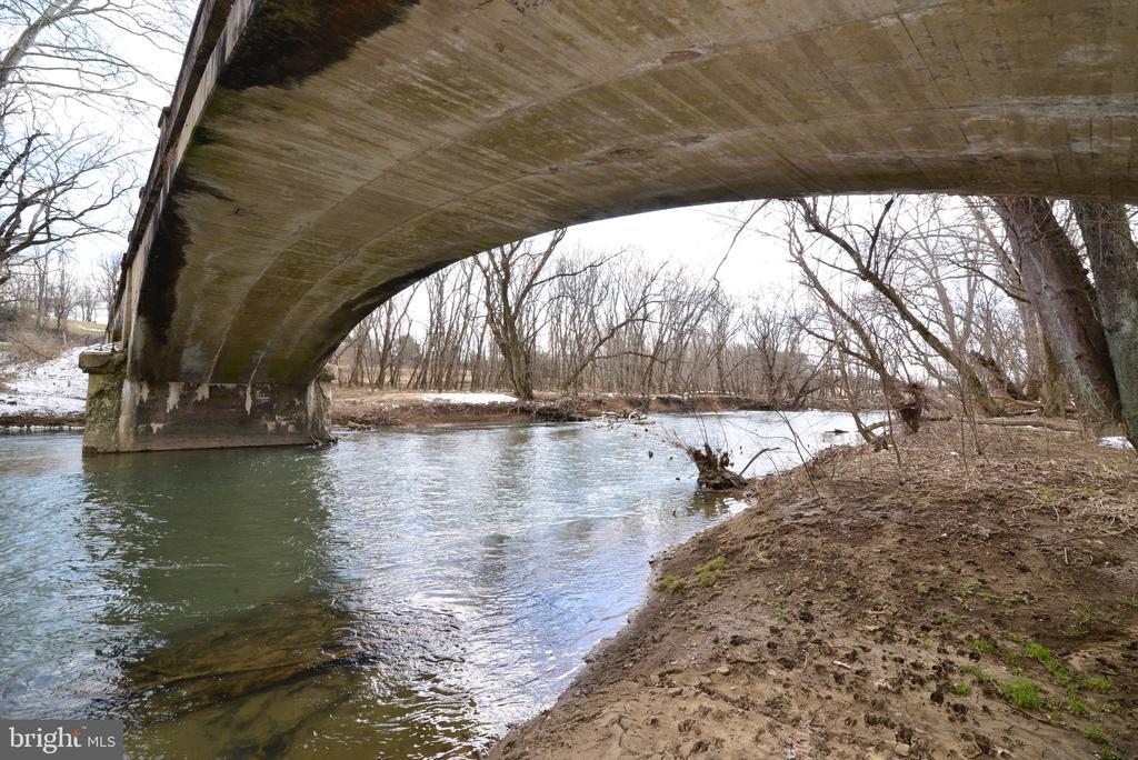 Fishing Creek - 918 WADESVILLE RD, BERRYVILLE