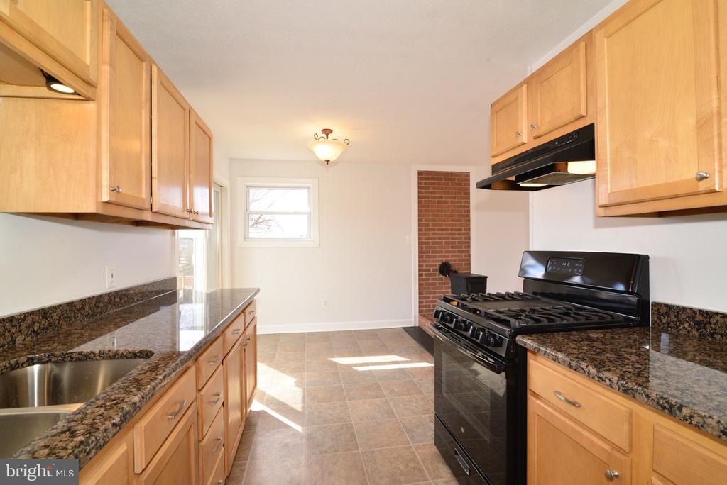 Kitchen view from Refrigerator - 918 WADESVILLE RD, BERRYVILLE