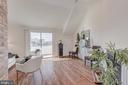 Lovely Living Room - 410 5TH ST NE #32, WASHINGTON