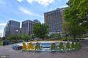 Enjoy the seating outdoors - 1530 KEY BLVD #131, ARLINGTON